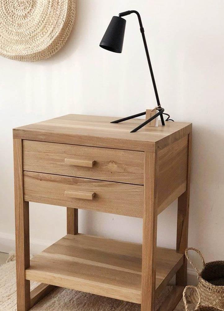 mesa de luz con dos cajones en san justo